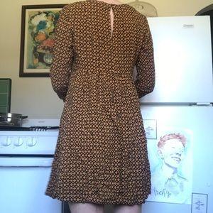 Super cute H & M Mod Shift dress!
